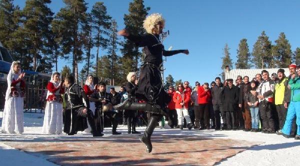 Sarikamiş'Ta Kayak Sezonu Başladi
