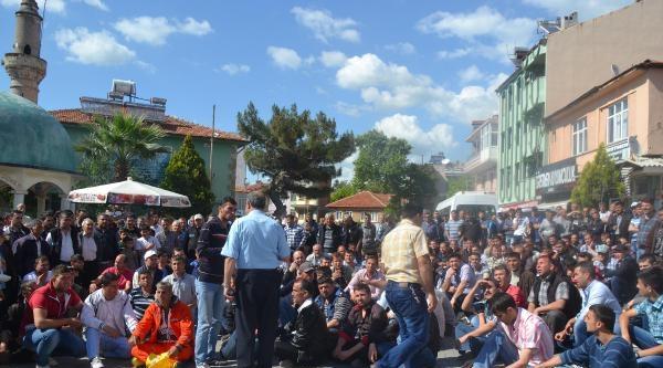 Savaştepeli Madenciler Protesto Gösterisi Yaptı