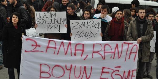 Sedefçi'ye Sloganli Protestoya, Hakaretten Dava