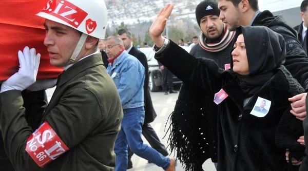 Şehit Astsubay, Gaziantep'te Gözyaşlariyla Uğurlandi