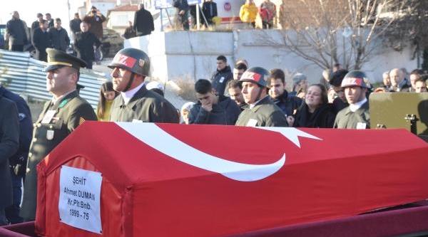 Şehit Binbaşi'nin Cenazesi, Kirikkale'de Gözyaşlariyla Uğurlandi