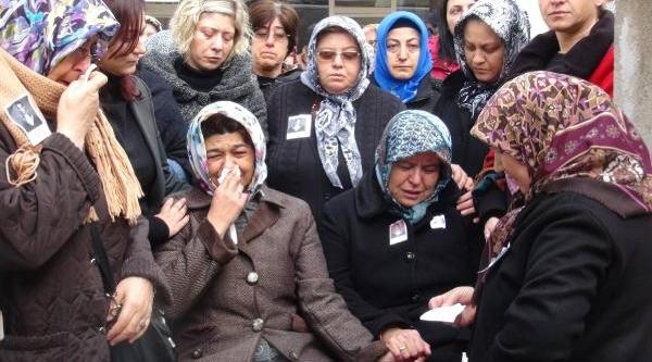 Şehit Er, Gönen'de Gözyaşlari Arasinda Toprağa Verildi