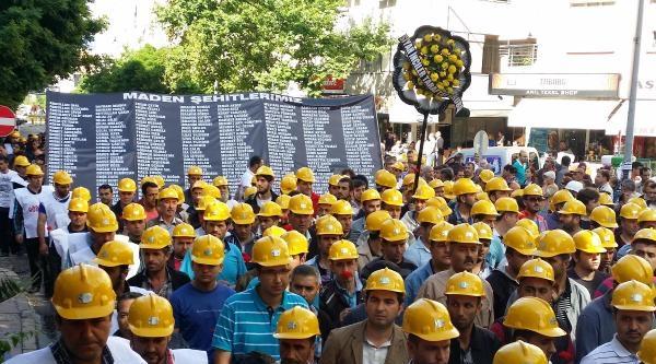 Şehit Madencilere Sessiz Anma