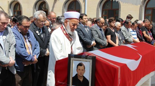 Şehit Mühendisin Cenaze Namazını Dedesi Kıldırdı