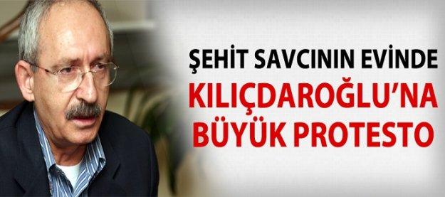 Şehit Savcı'nın evinde Kılıçdaroğlu'na büyük protesto