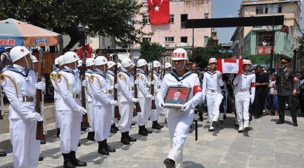 Şehit Uzman Çavuş'u Tarsus'ta 10 Bin Kişi Uğurladı