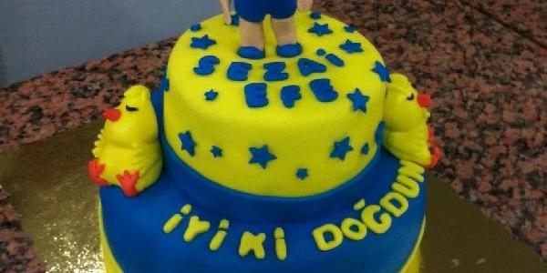 Şeker Hamurundan Sanat Eseri Gibi Pasta