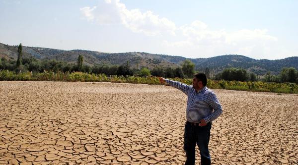 Sel Felaketi Yaşayan Mahalleli Hasar Tespiti İstiyor