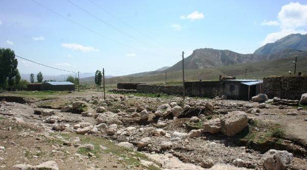 Sel Suları Köyleri Vurdu
