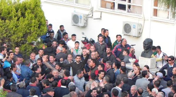 Selçuk'ta Chp'nin İtirazi Reddedildi-ek Fotoğraflar
