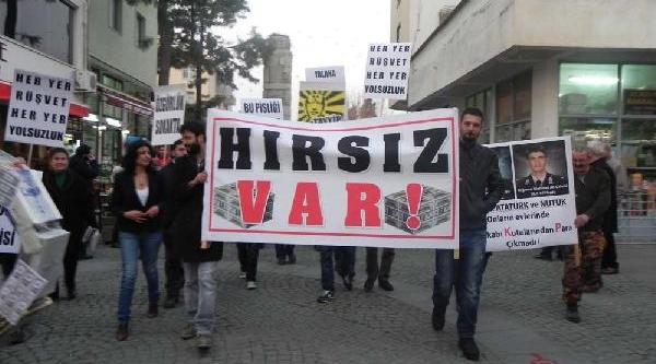 Selçuk'ta Yolsuzluk Protestosu