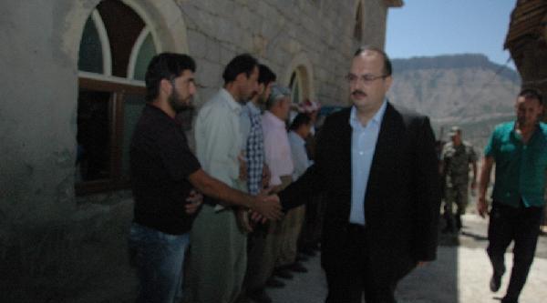 Şemdinli'deki Kazada Hayatını Kaybeden 4 Kişi Toprağa Verildi