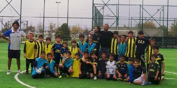 Semih Şentürk Pendik Fenerbahçe Futbol Okulu'nda