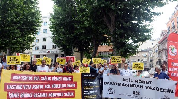 Sendikalardan İl Sağlık Müdürlüğü Önünde Protesto
