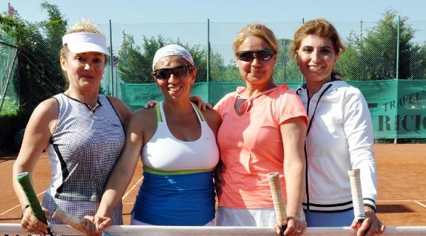 Senıor Türkiye Tenis Takımlar Şampiyonasi'nda Ünlü İsimler