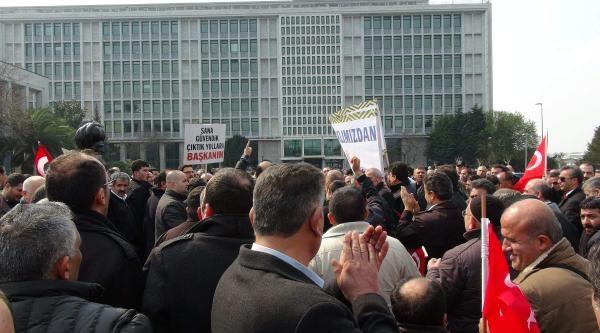 Servisçilerden Başkanlık Sarayı Önünde Eylem