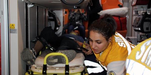 Siirt'te Trafik Kazasi: 2 Ölü 4 Yarali