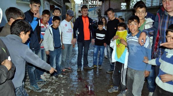 Silvan'da Başına Gaz Fişeği İsabet Eden Çocuk Yaralandı