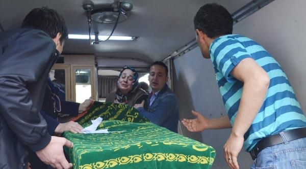 Sınavda Kalp Pili Duran Üniversiteli Ezgi, Yaşama Tutunamadı