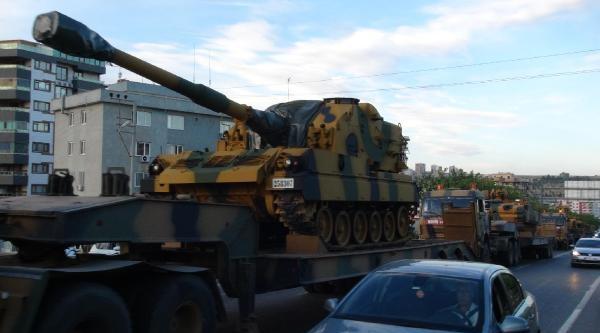 Sınırdaki Zırhlı Araçlarlar Birliklerine Döndü