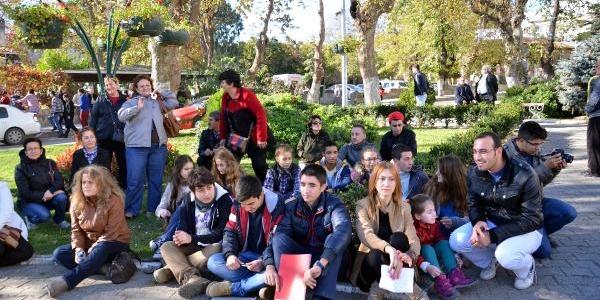 Sinop'Ta Kizli- Erkekli Oturma Eylemi