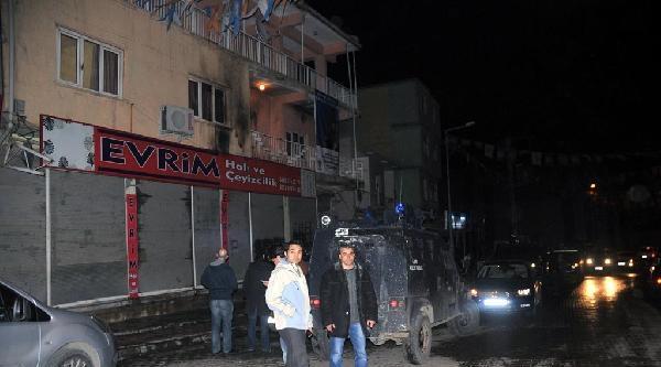 Şirnak'ta Ak Partili Adayın Evine Molotoflu Saldırı