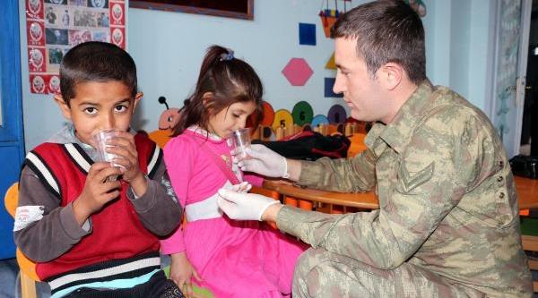 Şirnak'ta Öğrencilere Ağiz Ve Diş Sağliği Taramasi
