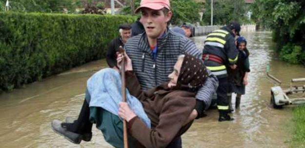 Sırplar'a yardım eden Avrupa Bosna'yı unuttu!