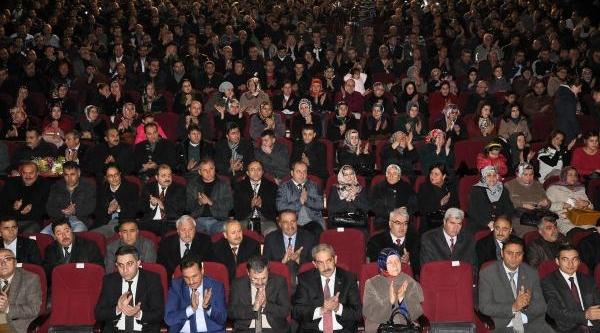 Sivas Belediyesi'nden Taşeron Işçilere Sendika Hakki