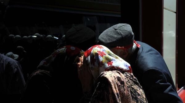 Sivas Valisi: Bu Tezgahtı, 37 Canımızı Yitirdik. Bu Acı Hepimizin Acısı (2)