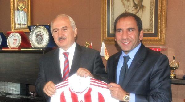 Sivasspor Başkanı Otyakmaz: