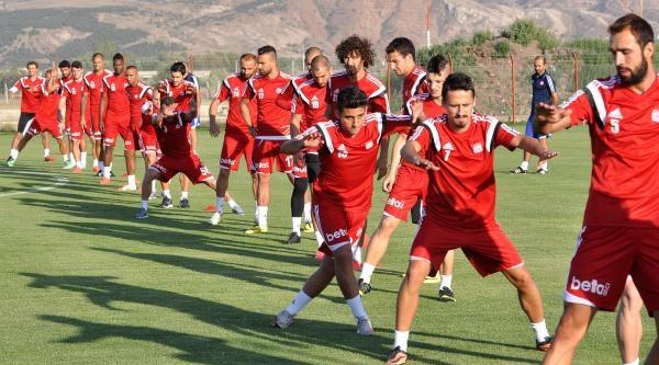 Sivasspor Çalişmalara Yeniden Başladı