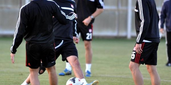 Sivasspor Gaziantepspor Maçi Hazirliklarina Başladi