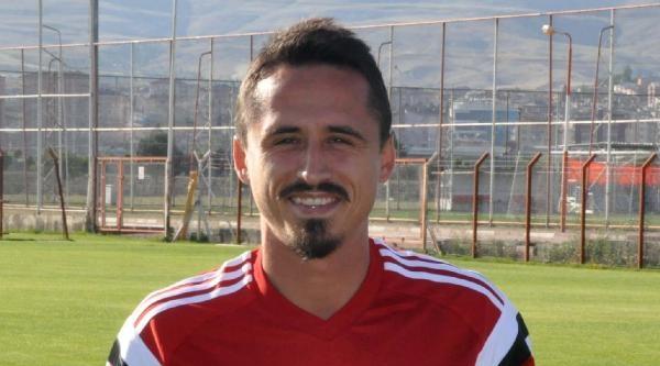Sivasspor Serdar Özkan'i Yolladı