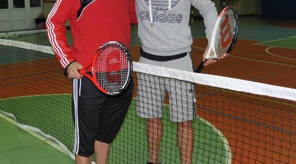 Sivassporlu Kadir'le Aatif Tenis Oynadi