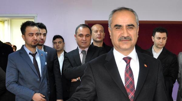 Sivas'ta Başkan Adayları Oy Kullandı