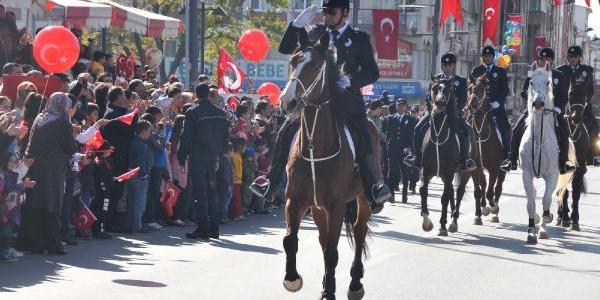 Sivas'ta Cumhuriyet Bayrami Coşkuyla Kutlandi