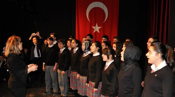 Sivas'ta İstiklal Marşı Programı Düzenlendi