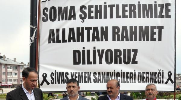 Sivas'ta Maden İşçileri İçin Helva Dağıtıldı