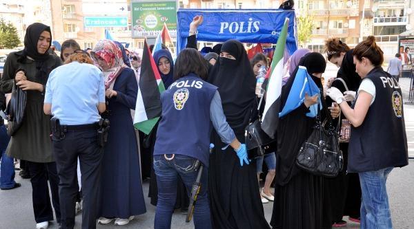 Sivas'ta 'mazlumlarla Dayanışma Yürüyüşü' Düzenlendi