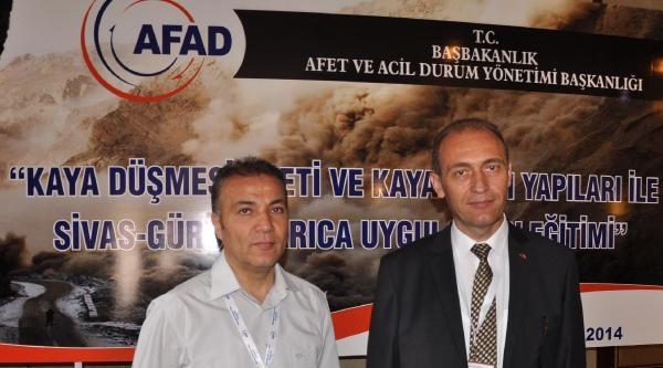 Sivas'ta Mühendislere 'kaya Düşmesi' Eğitimi