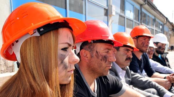 Sivas'ta Soma'daki Maden Faciasını Protesto Eylemleri (2)