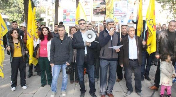 Siverek'te Öğretmenlerden Eğitim Sistemine Protesto