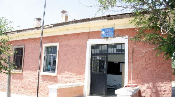 Siverek'te Sınıf Öğretmeni Okulu Boyadı