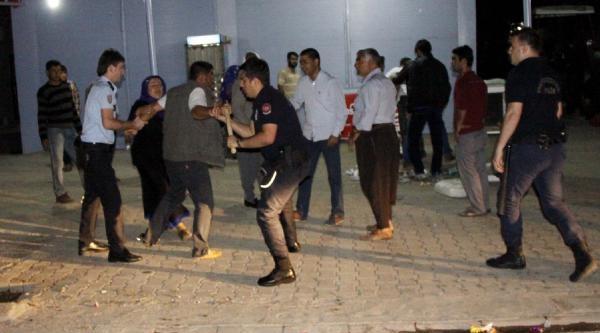Siverek'te Taşlı- Sopalı Kavga: 3 Yaralı