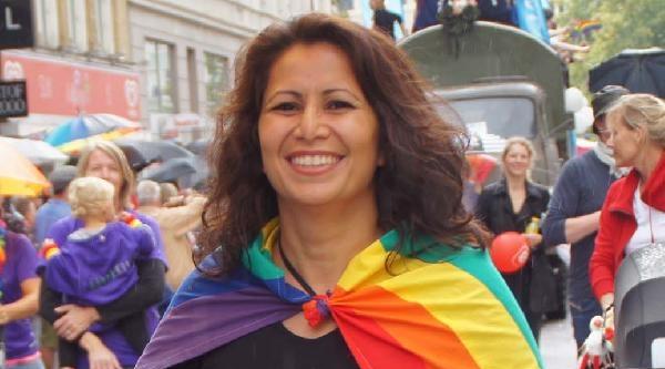 Siyasetçiler Ve Diplomatlar Eşcinsellerin Festivaline Akın Etti