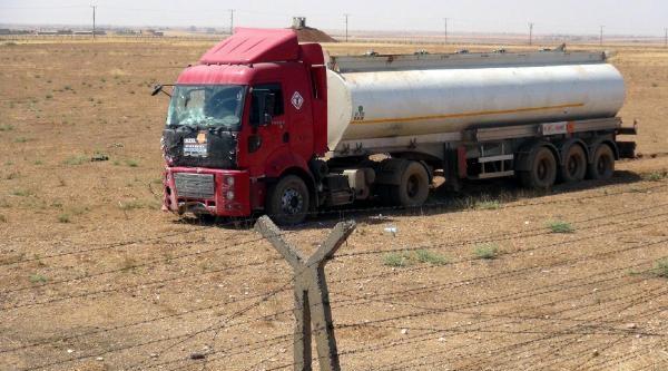 Şoförü Uyuyan Mazot Yüklü Tanker, Mayınlı Alana Girdi