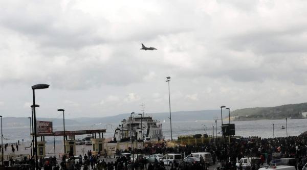 Solo Türk'ten Çanakkale Semalarında Zafer Gösterisi