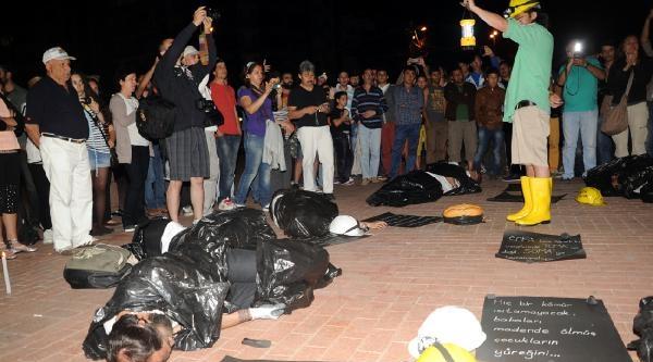 Soma Faciası Antalya'da Protesto Edildi