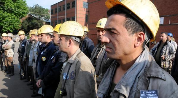Soma İle Acıları Tazelenen Madenciler, Grizuda Ölen 30 Arkadaşlarını Andı